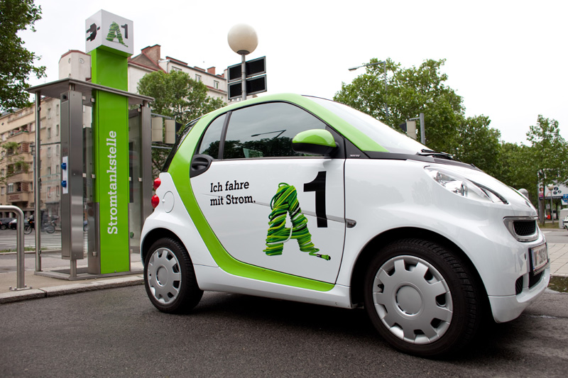 phone-booth-electric-car-charging-a1-charging